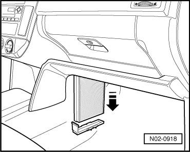 Polovw it leggi argomento smontare il filtro antipolline for Filtro aria cabina passat 2012